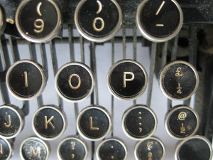 typewriter-many keys